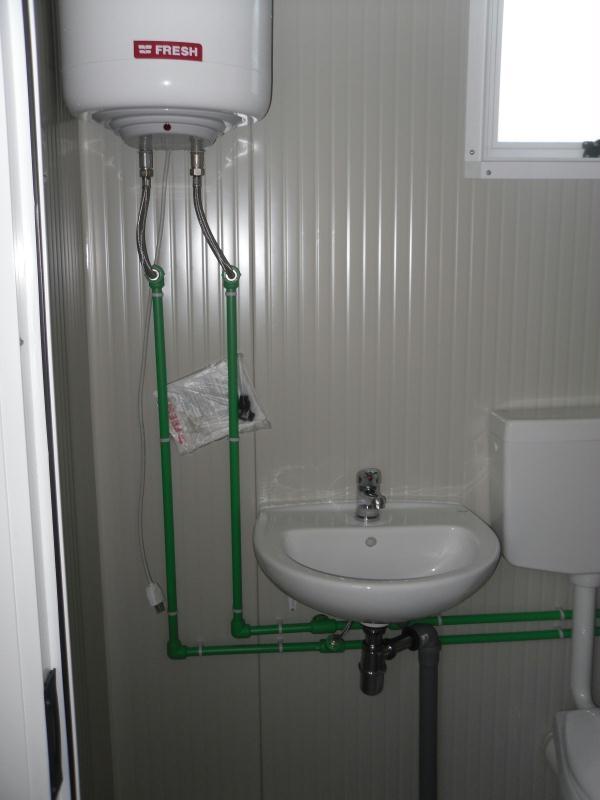 Box prefabbricato con bagno mt 6 00 a partire da - Prezzo bagno prefabbricato ...